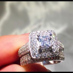 Fine Luxury Princess Cut Engagement 👰💍Topaz Ring